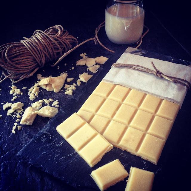 Chocolate blanco sin lactosa casero